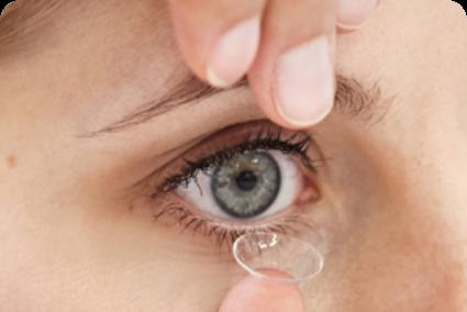 einsetzen von Kontaktlinsen Hamburg