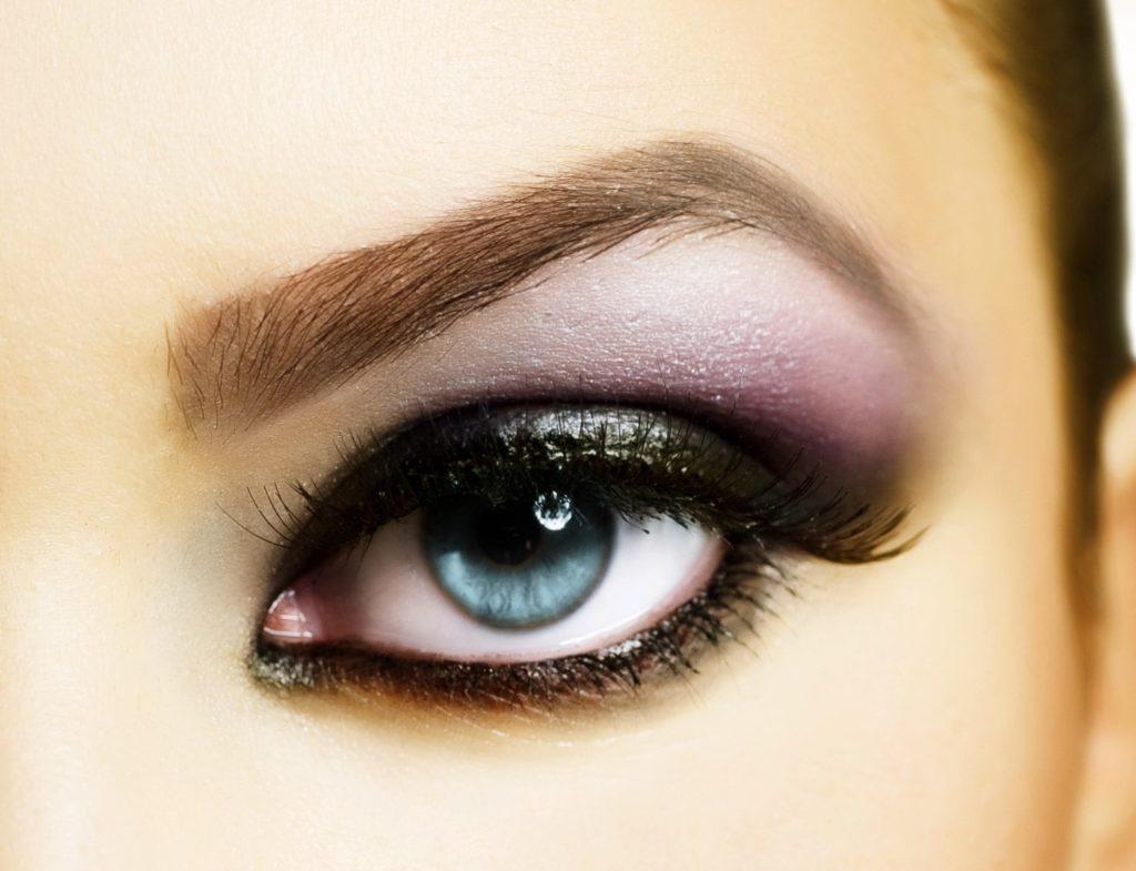 Beautiful Eye Makeup contactlinse Hamburg
