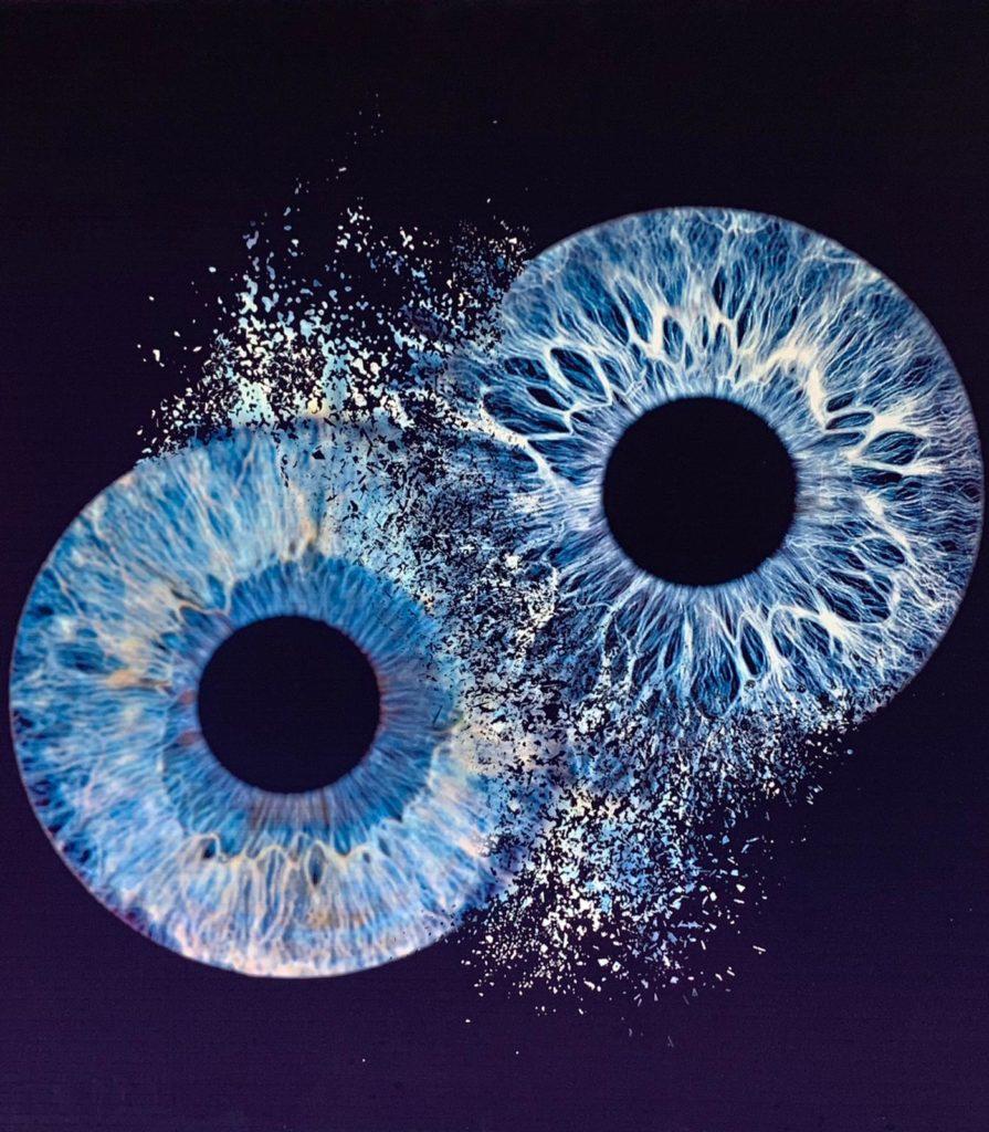 Zwei Iris contactlinsen Hamburg